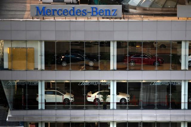 Selon les autorités chinoises, Mercedes-Benz «a manipulé les... (Photo Carlos Barria, archives Reuters)