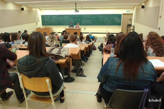 Du côté du premier cycle de l'Université Laval,... (Photothèque Le Soleil, Jean-Marie Villeneuve)