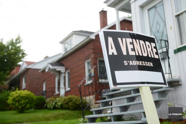 nombre record de maisons vendre m lanie no l sherbrooke. Black Bedroom Furniture Sets. Home Design Ideas