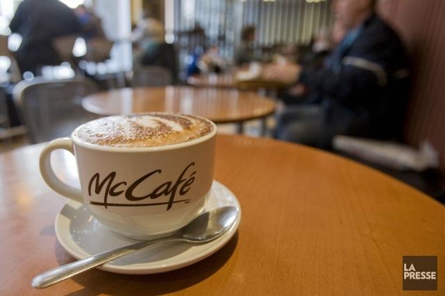McDonald's a annoncé que son café sera vendu... (Photo: David Boily, archives La Presse)
