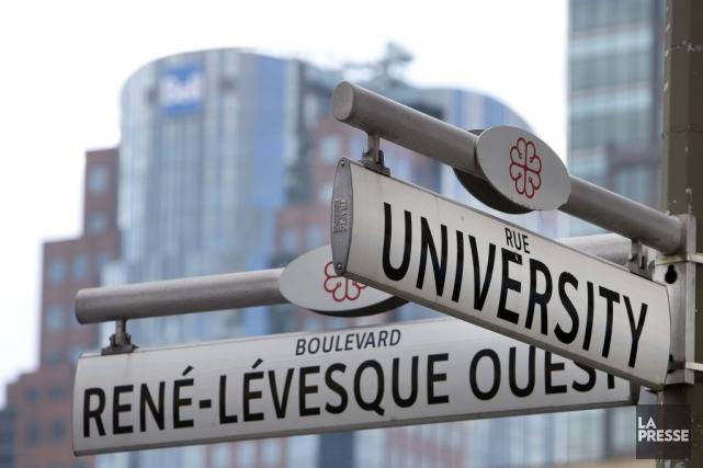 Très bientôt, le boulevard Robert-Bourassa croisera le boulevard... (PHOTO ROBERT SKINNER, ARCHIVES LA PRESSE)