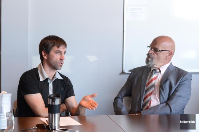 Steven Guilbeault, porte-parole de SWITCH et Donald Angers... (Photo: Sylvain Mayer Le Nouvelliste)