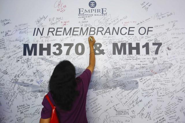 Le volMH370 a cessé tout contact avec les... (PHOTO SAMSUL SAID, REUTERS)