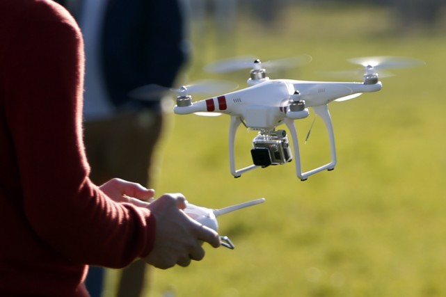 L'essor des vidéos personnelles réalisées avec des drones représente une menace... (Photo archives Reuters)