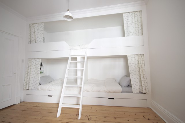 La structure compte deux matelas pour des lits... (Photo fournie par Menuiserie Lessard)