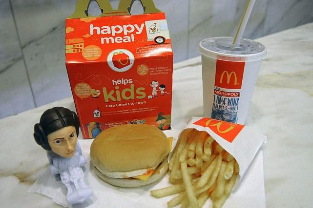 Un menu pour enfants chez McDonald's... (Photo Archives AFP)