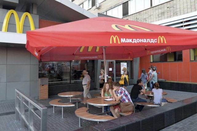 Le McDonald's de la place Pouchkinefait partie des... (PHOTO TATYANA MAKEYEVA, REUTERS)