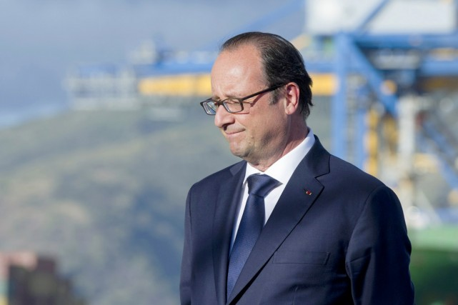 Le président François Hollande, à La Réunion, le... (PHOTO ALAIN JOCARD, ARCHIVES REUTERS)