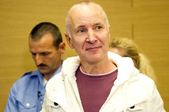 Günzel, un homme à l'allure soignée et aux... (PHOTO ROBERT MICHAEL, AFP)