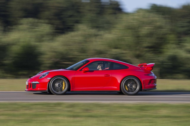 Porsche 911 GT3... (Photo fournie par Porsche)