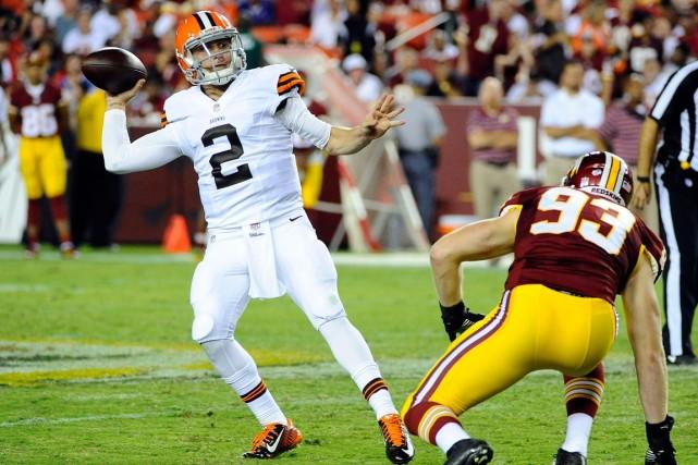 Le quart recrue des Browns de Cleveland Johnny... (Photo Brad Mills, USA Today)