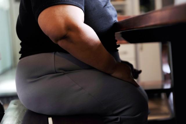 Les gens qui souffrent d'obésité morbide vers l'âge de 30 ans multiplient par... (Photo archives AFP)