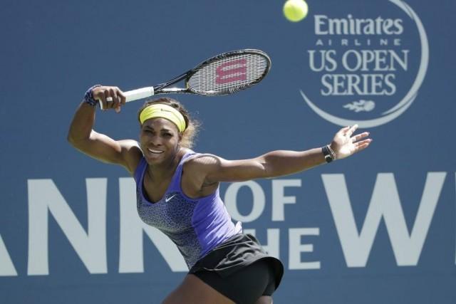 Serena Williams est coincée à 17 titres du... (PHOTO MARCIO JOSE SANCHEZ, ARCHIVES AP)