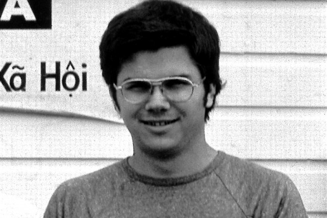 Mark David Chapman en 1975.... (Photo archives AP)