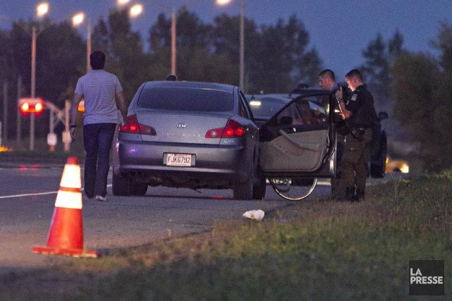 L'accident est survenu vers 19 h, sur le... (PHOTO FÉLIX O.J. FOURNIER, COLLABORATION SPECIALE)