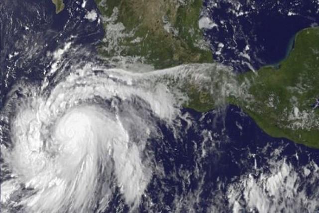 Marieest accompagnée de vents soufflant jusqu'à près de... (PHOTO FOURNIE PAR LA NASA)