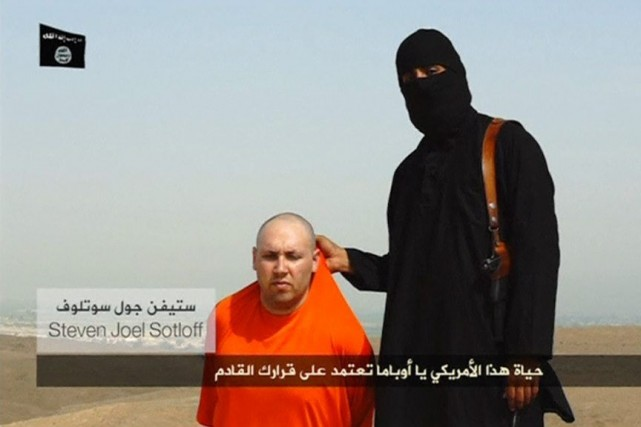 Le journaliste américain Steven Sotloff, vu sur la... (PHOTO REUTERS TV)