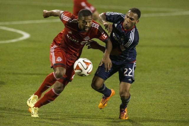 Le Toronto FC a bousillé deux avances, samedi, et a fait match nul 2-2 avec le... (Photo Chris Young, La Presse canadienne)