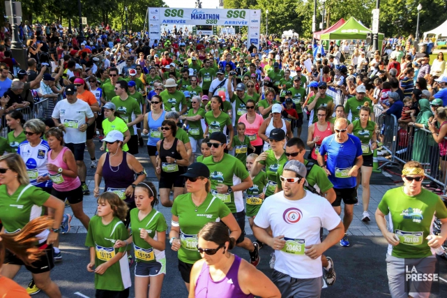 Près de 1300 jeunes et adultes ont pris... (Photo fournie par le Marathon SSQ Lévis-Québec)