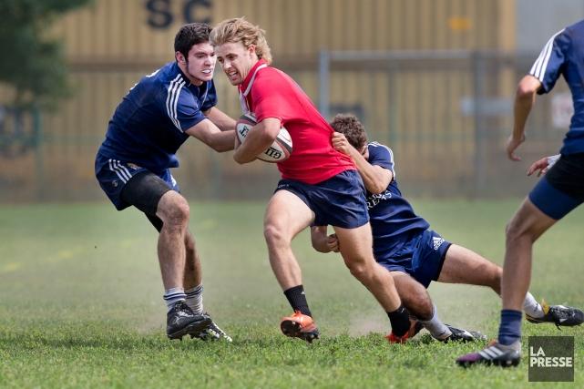 Le rugby est un sport rude, mais propre.... (Photo Robert Skinner, La Presse)