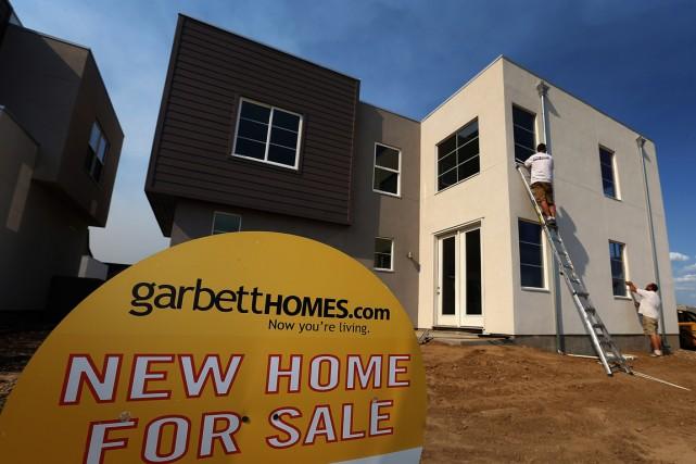 Les ventes d'habitations neuves ont chuté de 2,4%... (PHOTO ARCHIVES BLOOMBERG)