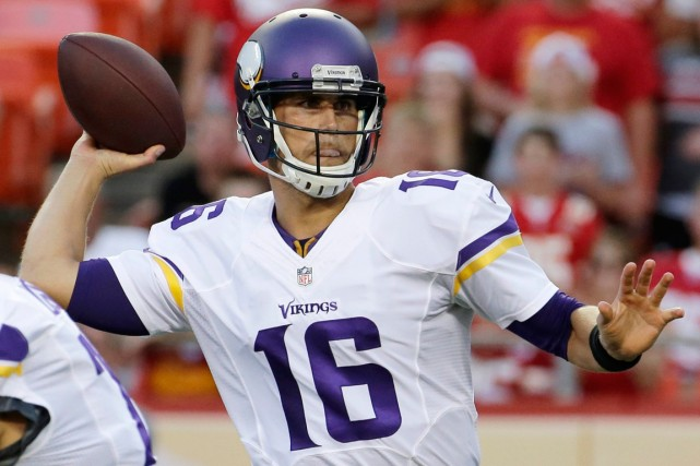 Matt Cassel... (Photo Charlie Riedel, AP)