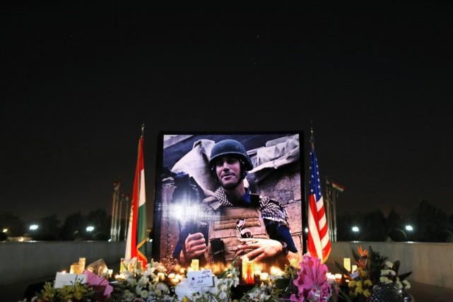 Un mémorial en l'honneur du journaliste américain, à... (PHOTO MARKO DROBNJAKOVIC, AP)