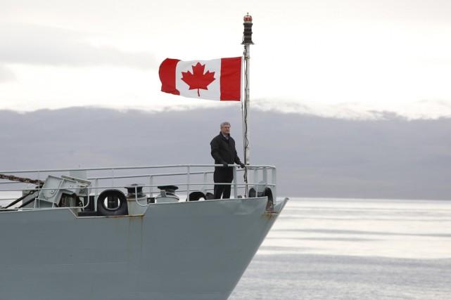 Les expéditions de Stephen Harper dans le grand... (PHOTO CHRIS WATTIE, REUTERS)