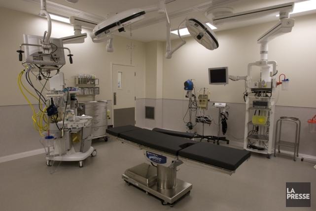 Une salle d'opération de la clinique Rockland MD.... (PHOTOT RÉMI LEMÉE, ARCHIVES LA PRESSE)
