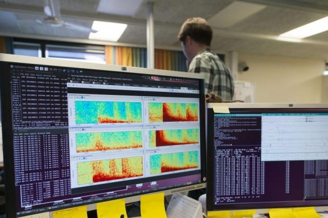 L'activité sismique reste intense dans la région, la... (PHOTO HALLDOR KOLBEINS, AFP)