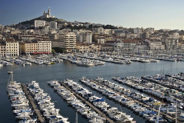 Le Vieux-Port est l'endroit idéal pour prendre le... (Photo founie par l'Office de Tourisme et des Congrès de Marseille)