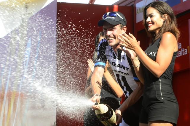 L'Allemand John Degenkolb a sabré le champagne sur... (Photo Jose Jordan, AFP)