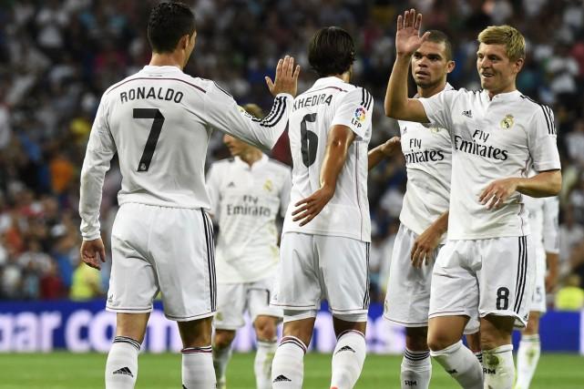 Cristiano Ronaldo (à gauche) et Toni Kroos (à... (Photo Gérard Julien, AFP)