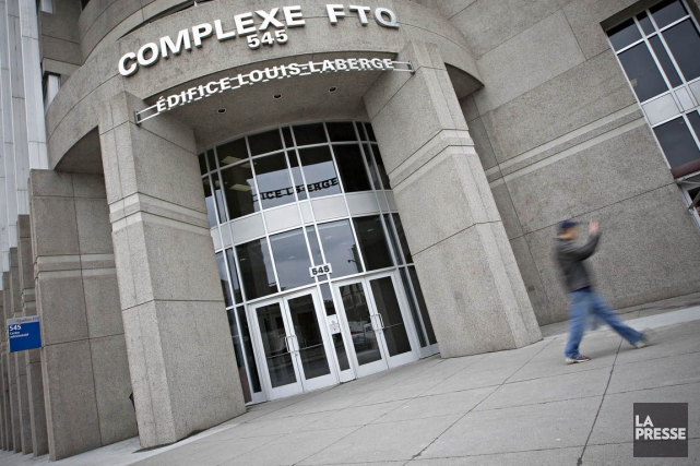 La FTQ-Construction, appuyée par sa centrale, la FTQ, lance une campagne pour... (PHOTO PATRICK SANFAÇON, ARCHIVES LA PRESSE)