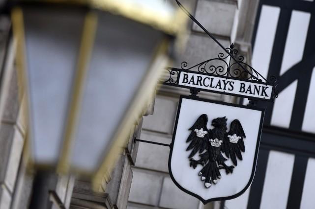 Barclays a enregistré de mauvaises performances dans sa... (Photo TOBY MELVILLE, REUTERS)