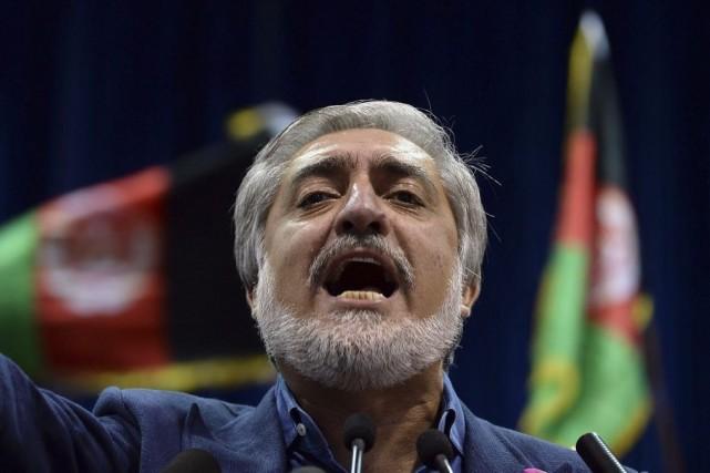 Après un premier ultimatum, M.Abdullah avait déjà retiré... (PHOTO SHAH MARAI, AFP)