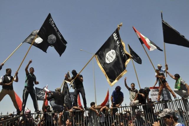 L'État islamique (EI) compte «entre 20000 et 31500» combattants dans ses... (PHOTO BILAL FAWZI, archives AP)
