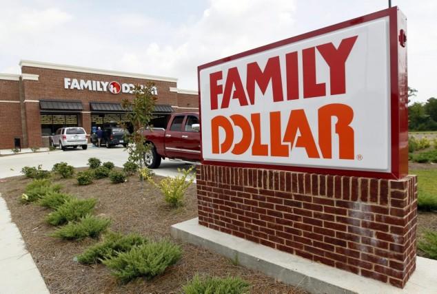 Dollar General a porté son offre de 78,50... (Photo Rogelio V. Solis, archives AP)