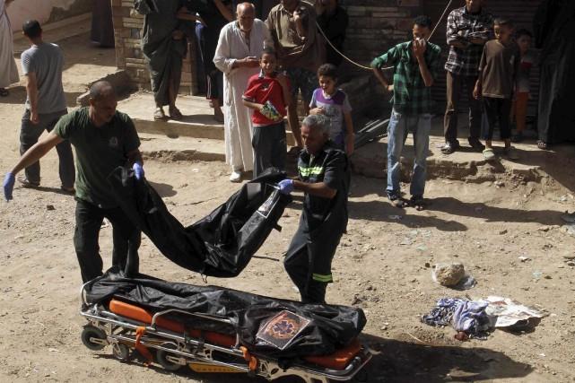 Des groupes djihadistes ont perpétré nombre d'attaques visant... (Photo AL YOUM AL SAABI, Archives Reuters)