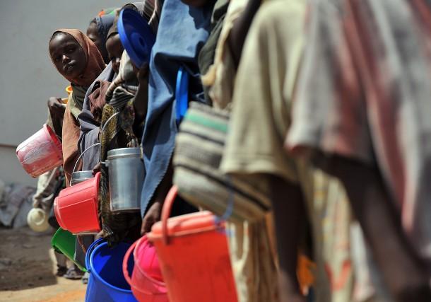 Un nouveau rapport prévoit que la population africaine... (Photo Agence France-Presse)