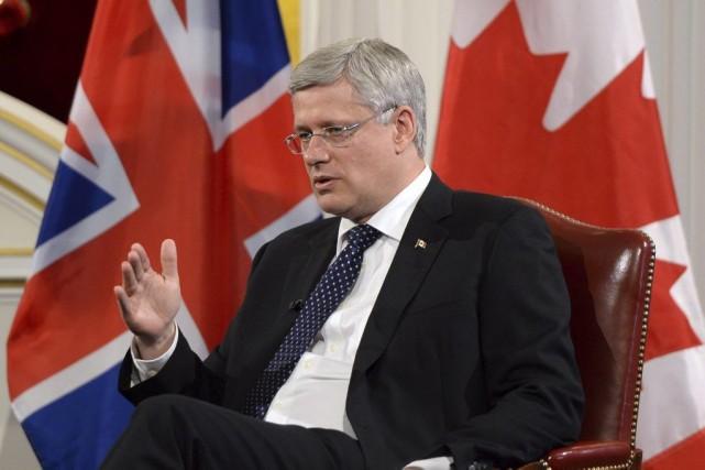 Stephen Harper est à Londres afin de discuter... (PHOTO SEAN KILPATRICK, LA PRESSE CANADIENNE)