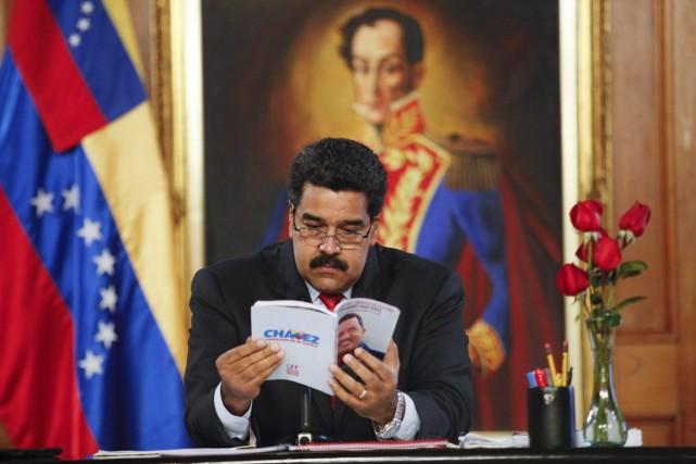Le président Maduro, dauphin d'Hugo Chavez,ne recueille plus... (PHOTO ARCHIVES REUTERS/PALAIS MIRAFLORES)