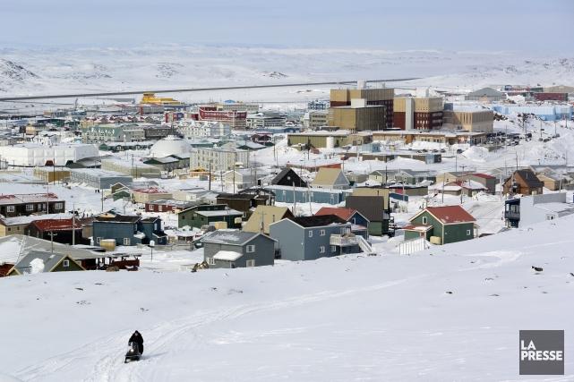 Les magasins d'Iqaluit (ci-dessus) ne vendent pas d'alcool... (Photo Bernard Brault, Archives La Presse)