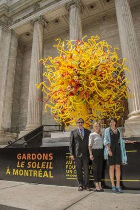 Yves Bergeron, Jade Sanscartier et Danielle Champagne, devant...
