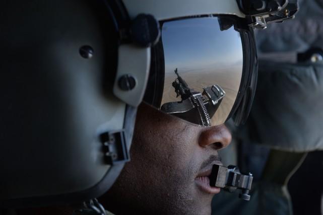 Les actions militaires américaines, tout comme les jeux... (PHOTO SHAH MARAI, ARCHIVES AFP)