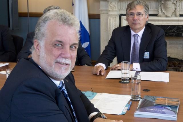 Le premier ministre Philippe Couillard a rencontré hier... (PHOTO JACQUES BOISSINOT, LA PRESSE CANADIENNE)
