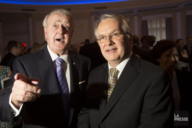 Brian Mulroney et Guy Gendron.... (PHOTO OLIVIER PONTBRIAND, LA PRESSE)
