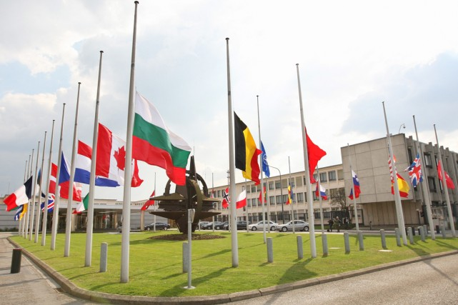Le siège de l'OTAN.... (PHOTO YVES LOGGHE, ARCHIVES AP)
