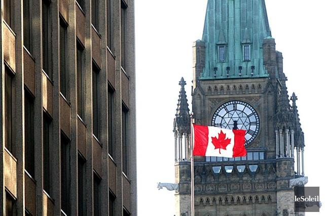 Le premier surplus qu'Ottawa dégagera en six ans... (Photothèque Le Soleil)