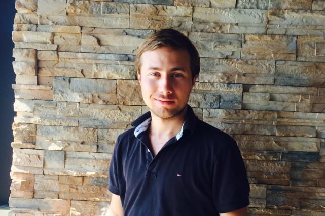 Jonathan Auger, propriétaire du restaurant Olivia, offre à... (PHOTO FOURNIE PAR JONATHAN AUGER)